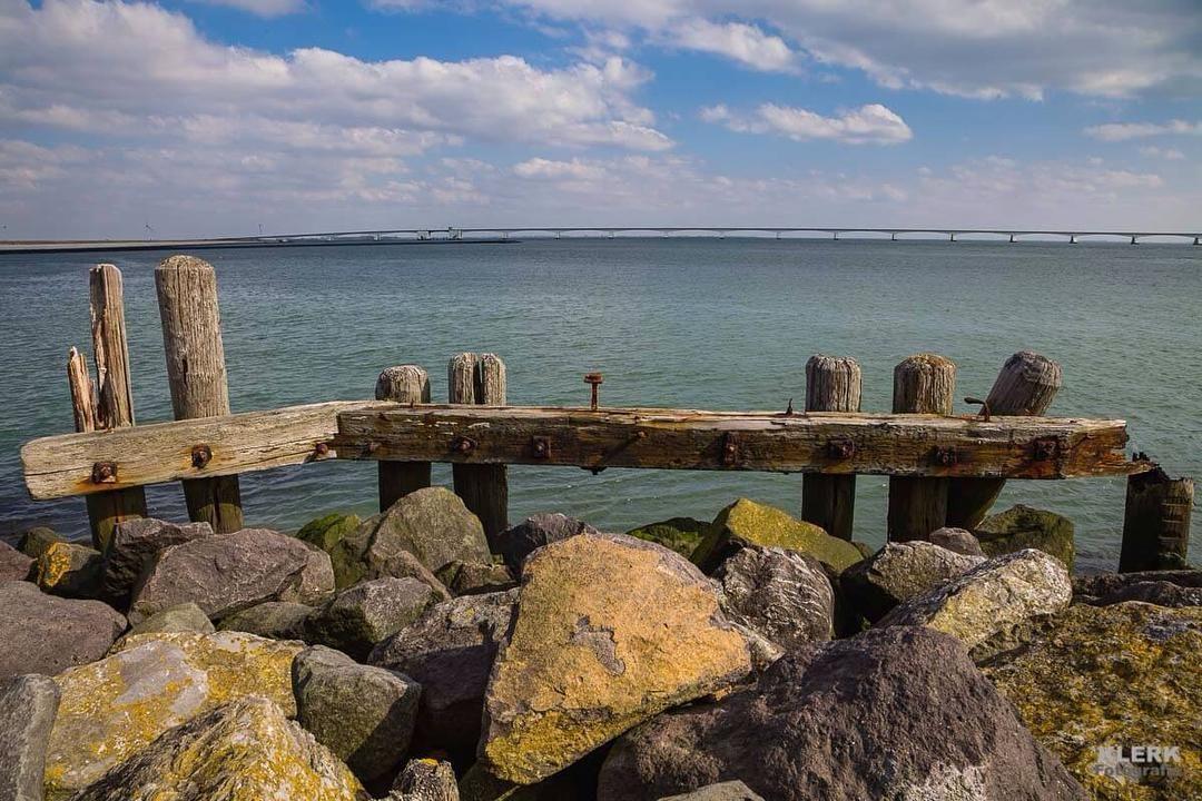 Zierikzee Zeeland. #zeeland #zierikzee #landscape #dutch_harbor #dutch #nederland #landschapsfotografie #landscapephotography @canonnederland by marcoklerk