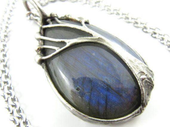 the forest spirit  blue labradorite pendant  by callistojewelry