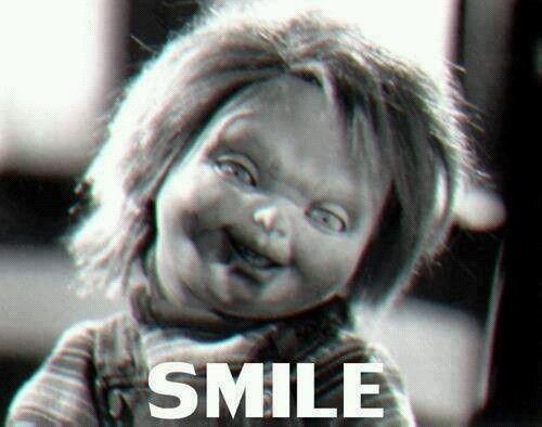 Esa Sonrisa Enamora Chucky Chucky El Muñeco Chucky Imágenes Graciosas