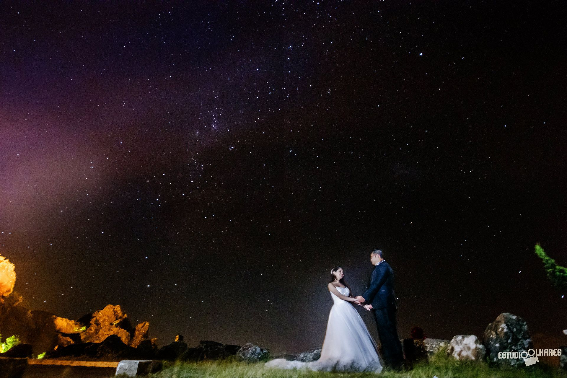 Que as estrelas iluminem o nosso amor <3