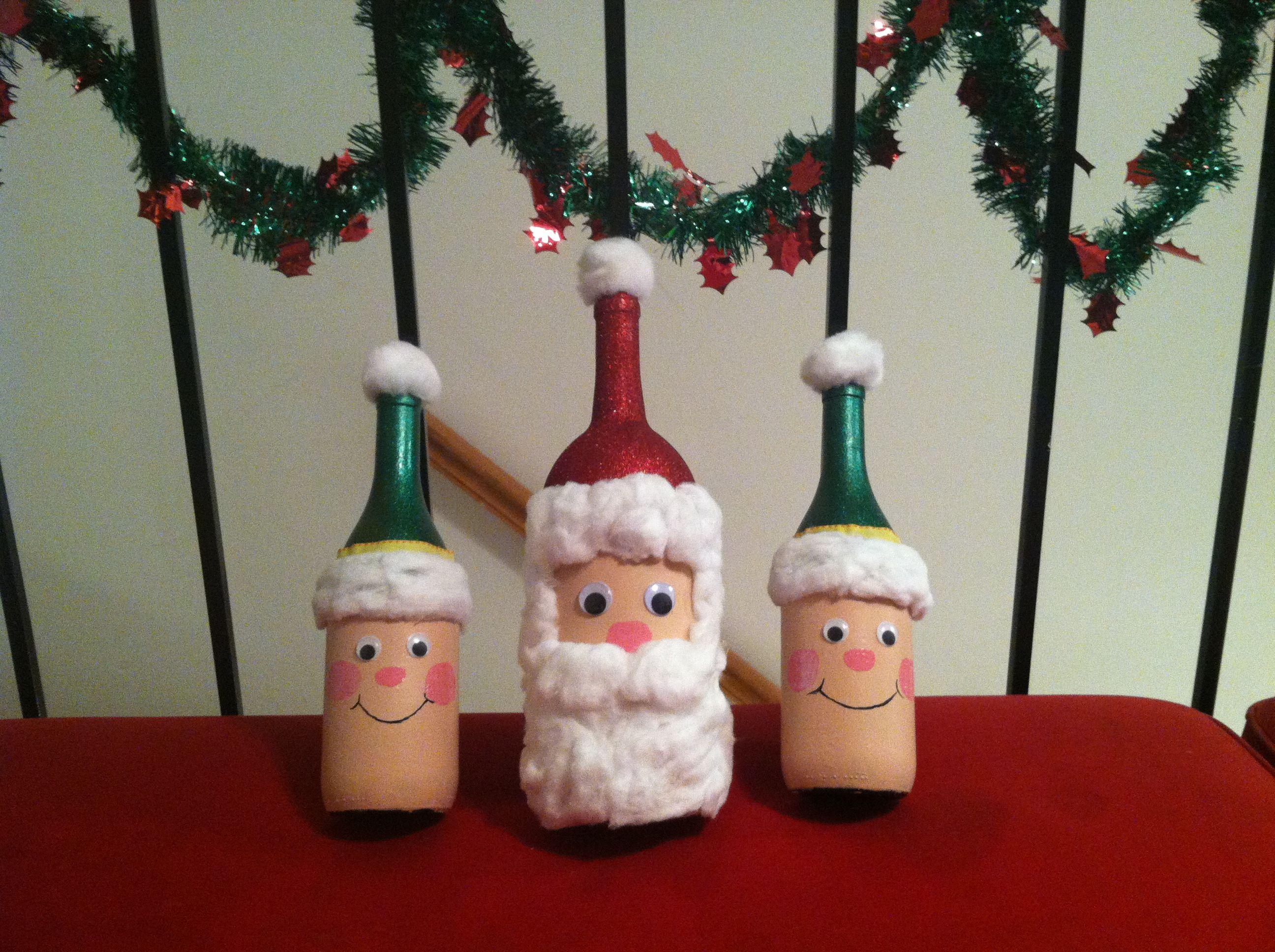 Santa and elves wine bottle diy craft home decor for Diy wine bottle crafts pinterest