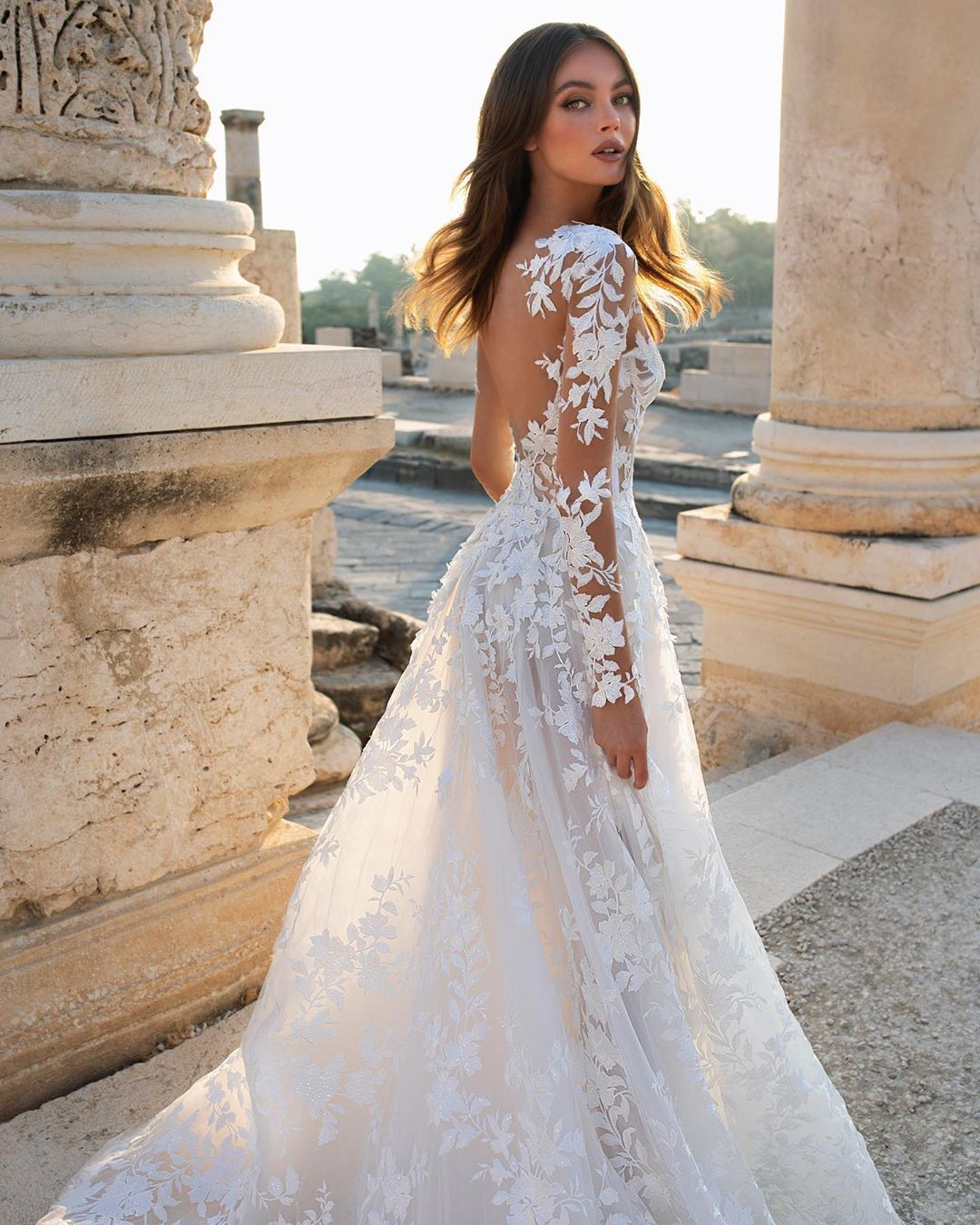 Style 4812 Screams Spring Wedding Realcollection Collection Available Kleinfeldbridal Alexand In 2020 Wedding Dresses Wedding Dress Sleeves Spring Wedding Dress