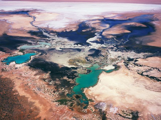 Richard Woldendorp- Australia from above. These images are ...