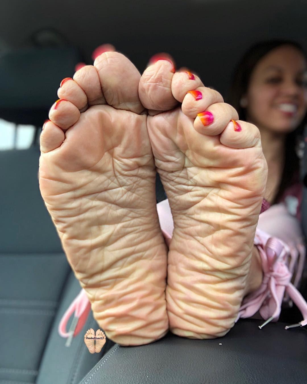 Feet Becky Dee nude (49 photo), Pussy, Bikini, Feet, panties 2006