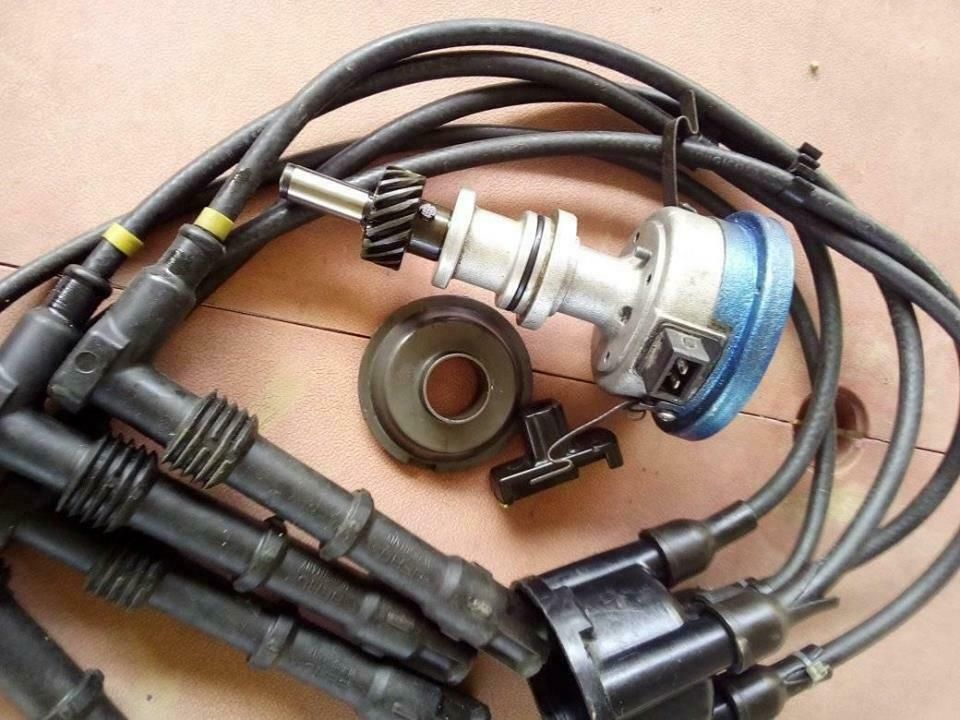 Ford Sirra Rs Cosworth Distributor With Ignition Leads Beru Ford