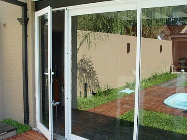Ventana pa o fijo y puerta de vidrio buscar con google for Puerta ventana corrediza aluminio