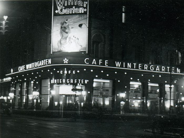 Wintergartenbau Berlin central hotel cafe wintergarten 1931 berlin