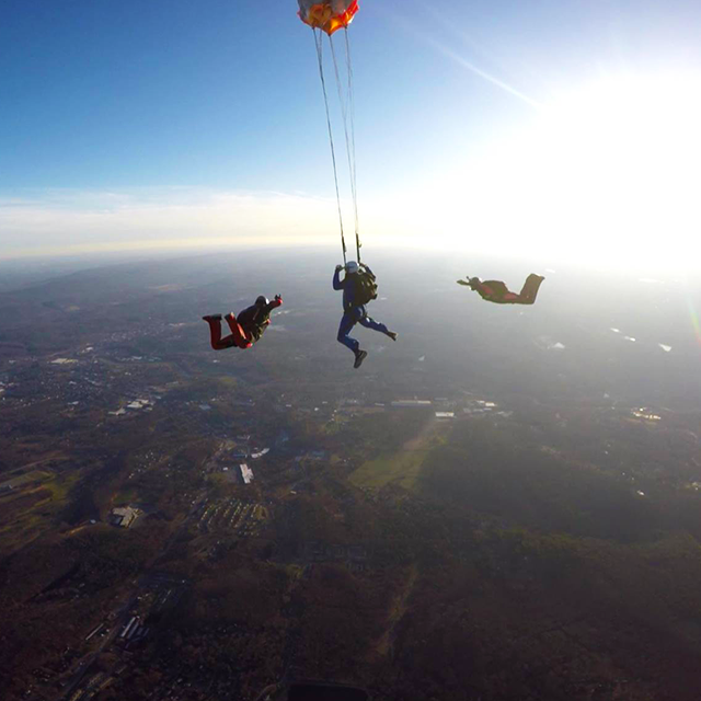 Let S Skydive In The Poconos Can You Handle The Rush At Sky S The Limit Skydiving Center Poconomtns Skydiving Poconos Bungee Jumping