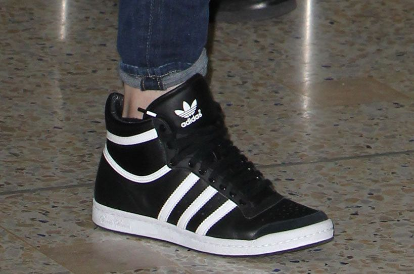 wholesale dealer 9ffc4 79bfa Adidas High Tops, Addidas Shoes High Tops, Adidas Retro, Adidas Shoes  Outlet,