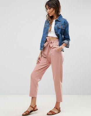 Pantalones de pinzas de lino con lazada a la cintura de ASOS