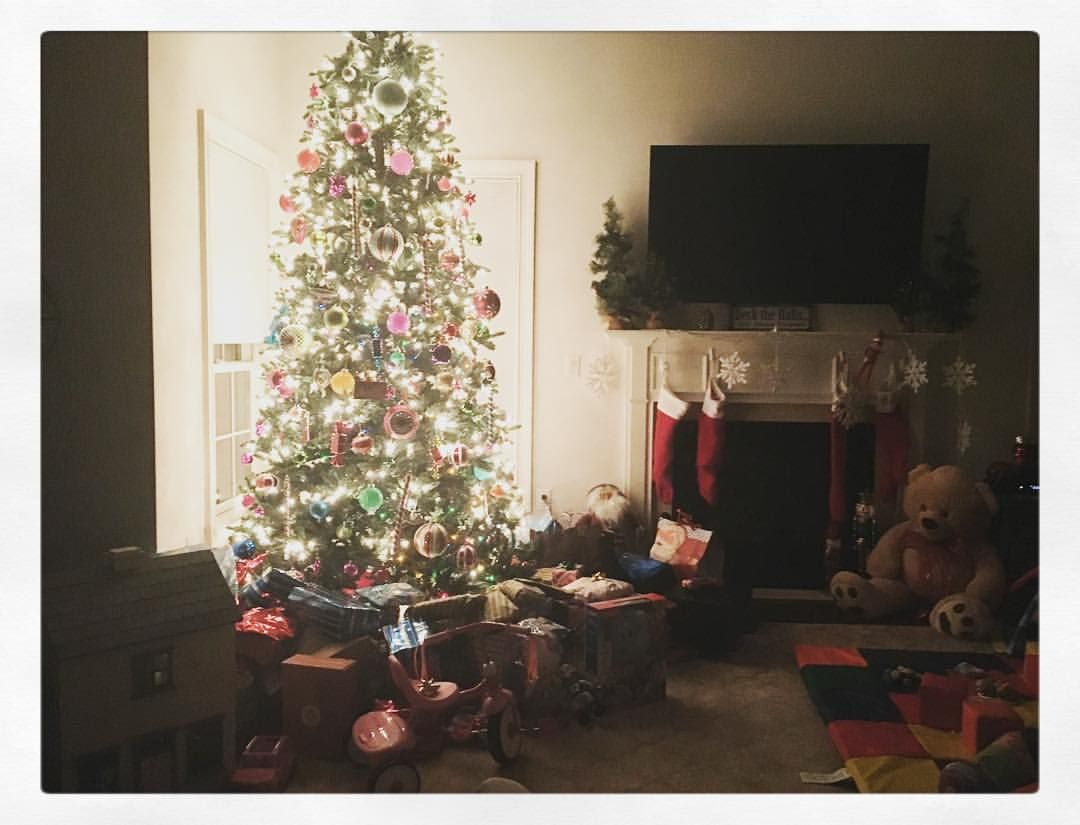 Babies asleep🎄 can't wait to see the joy in Vivs and Erics