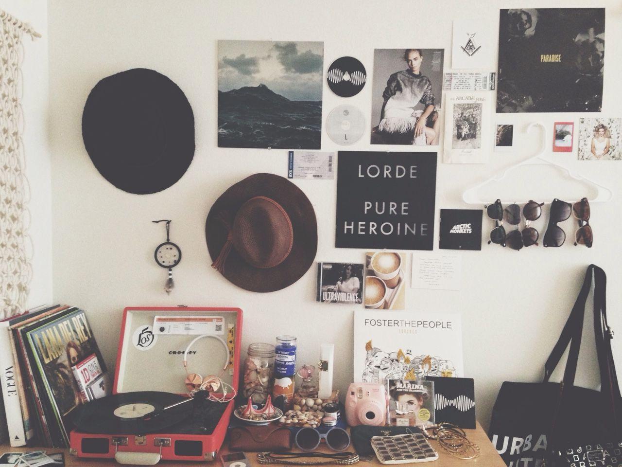 Wall pin board  design & inspiration  Pinterest  Pin  ~ 212851_Dorm Room Ideas Music