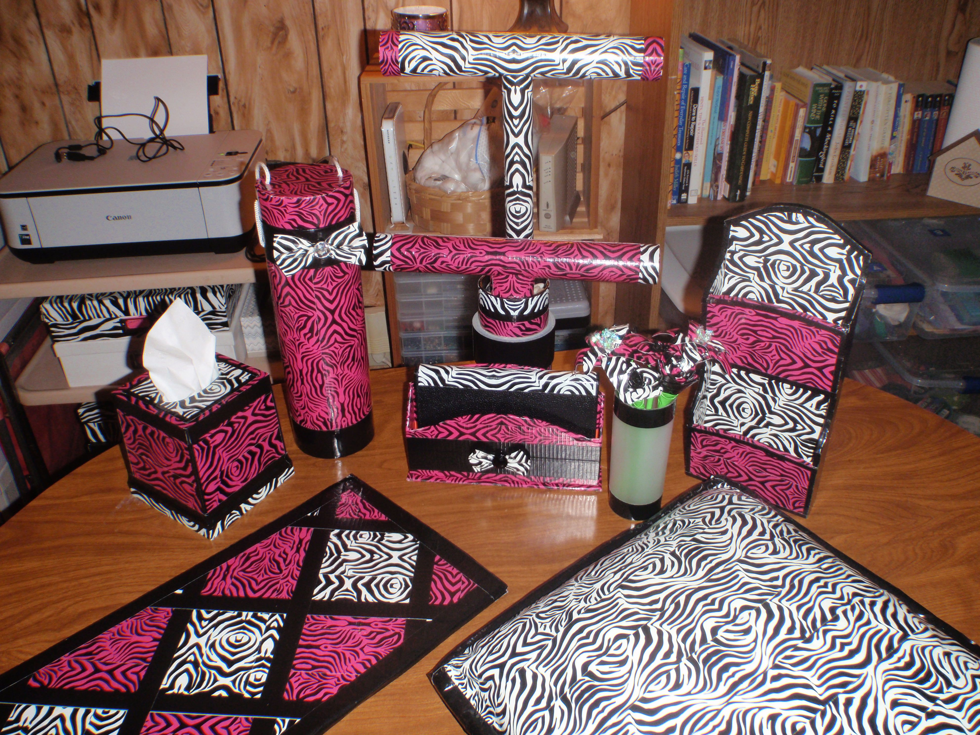 Decorating A Room On A Duct Tape Budget Craft Ideas