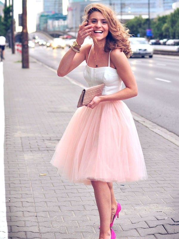 Resultado de imagen para Two Piece A-line Sweetheart Tulle Ruffles Knee-length Trendy Prom Dress