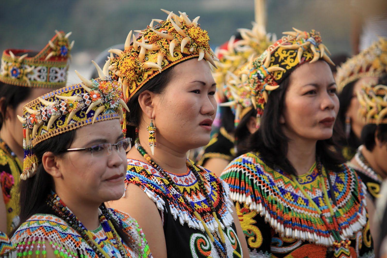 The Humble Of Dayak People - East Kalimantan | Indonesian ...