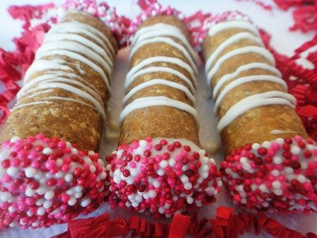 Valentine Cannoli For Dogs 3 Be Mine The Heart Pinterest