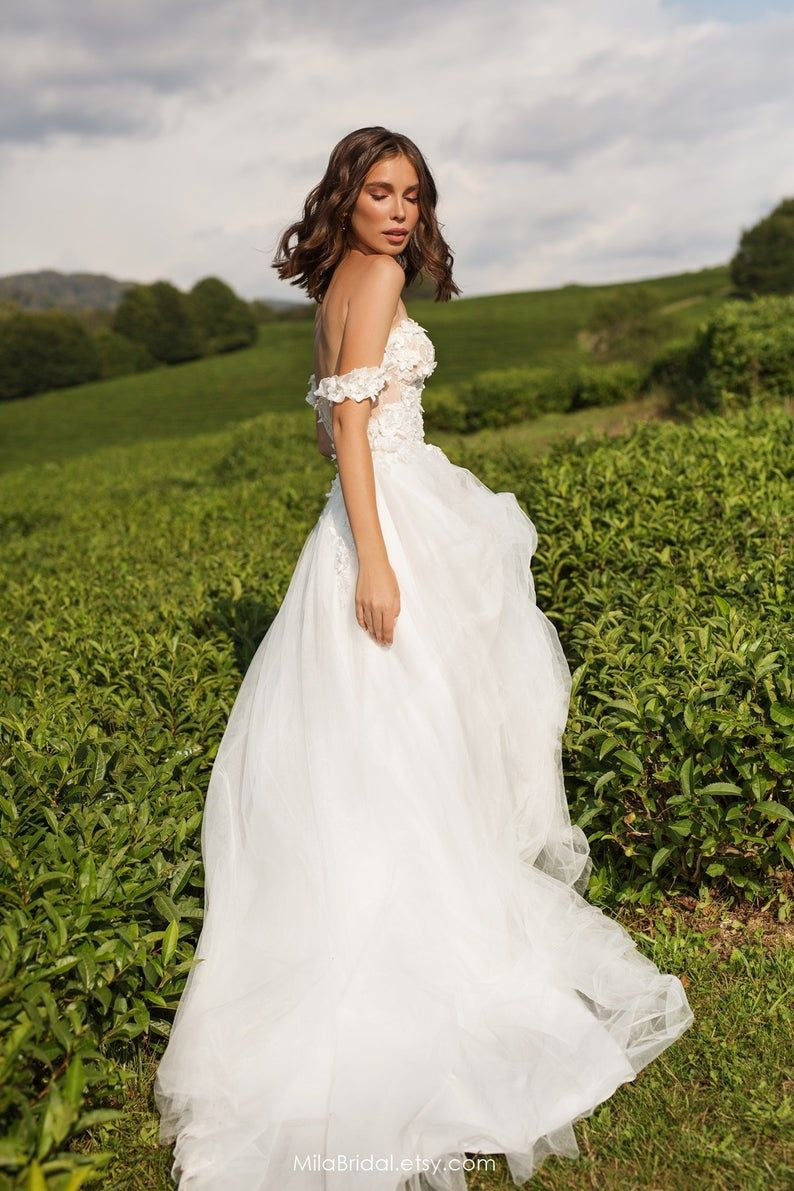 wedding dress Diana, romantic wedding dress in 2020