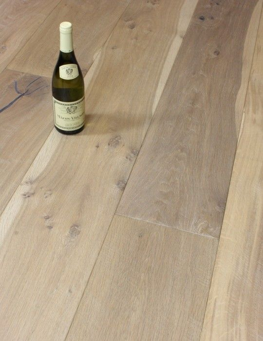 Rectory Lodge Distressed Wide Plank Oak Engineered