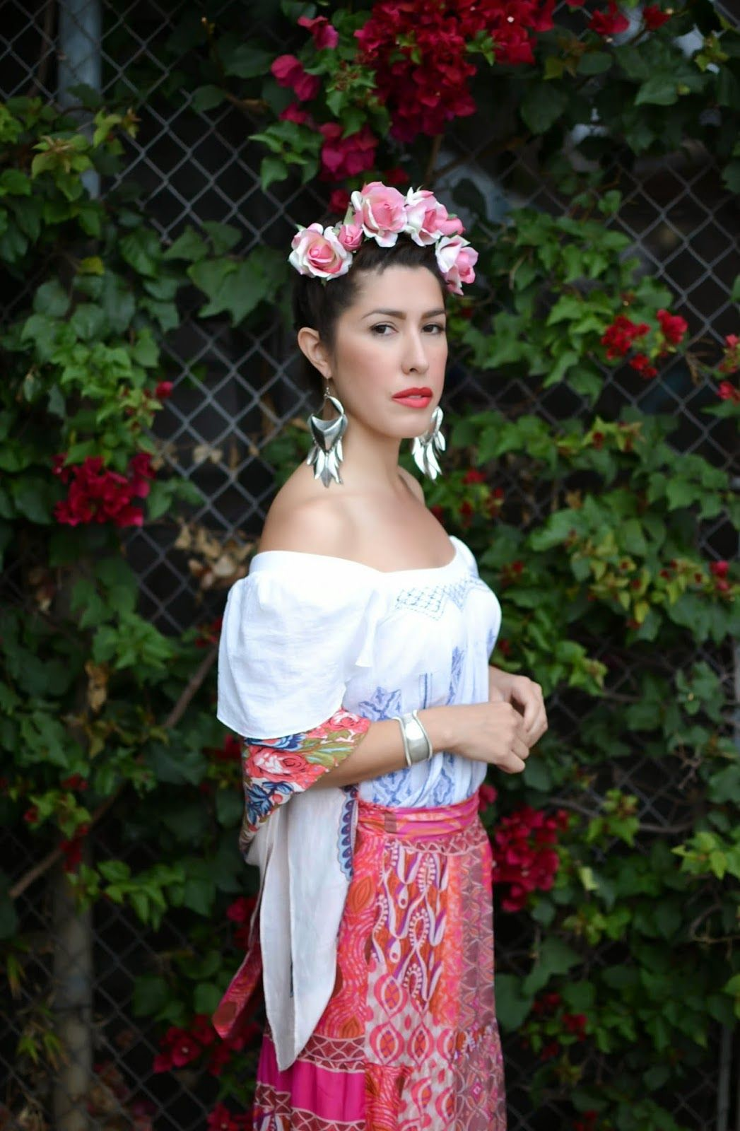 This website has great art inspired costume ideas frida kahlo art masterpiece corner - Deguisement frida kahlo ...
