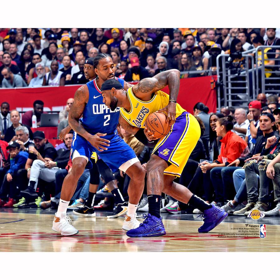Fanatics Authentic Lebron James Los Angeles Lakers Unsigned Vs Kawhi Leonard Photograph In 2020 Nba Lebron James Los Angeles Lakers Lebron James