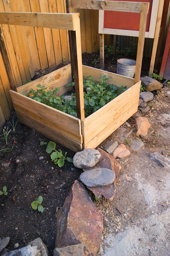 How To Build A Potato Planter From Mother Earth News 400 x 300