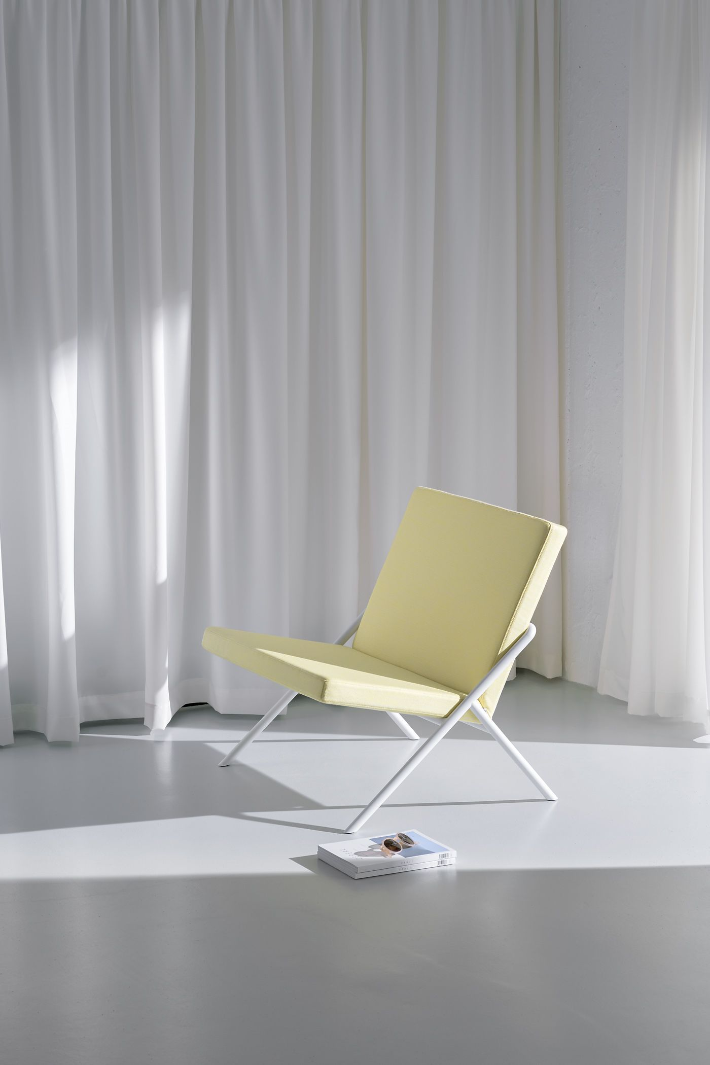 Loehr — DL2 Euclides Easy Chair Furniture, Contemporary