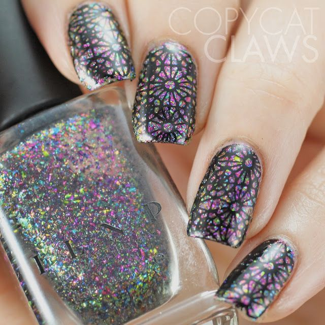 Copycat Claws: 40 Great Nail Art Ideas - Glitter/Flakie Topper