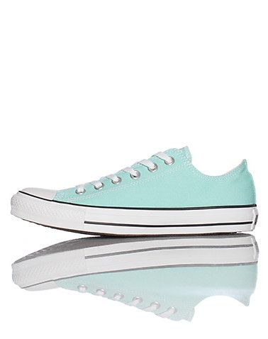 61b4ed17148ad2 CONVERSE Low top unisex sneaker Lace up closure Canvas material Cushioned  sole for ultimate comfort.