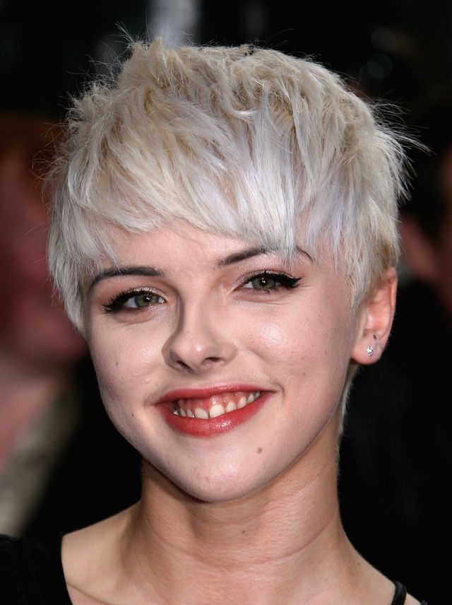 Best Short Haircuts Actresses : 19 gorgeous short hairstyles: funky do on british actress