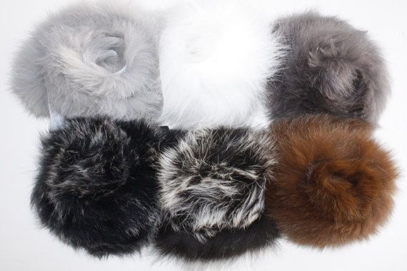 Excellent quality real fox fur hoodie trim combined by 2 pieces tapes. It is very easy to attach onto the garment. This is good for hoodies, collar,