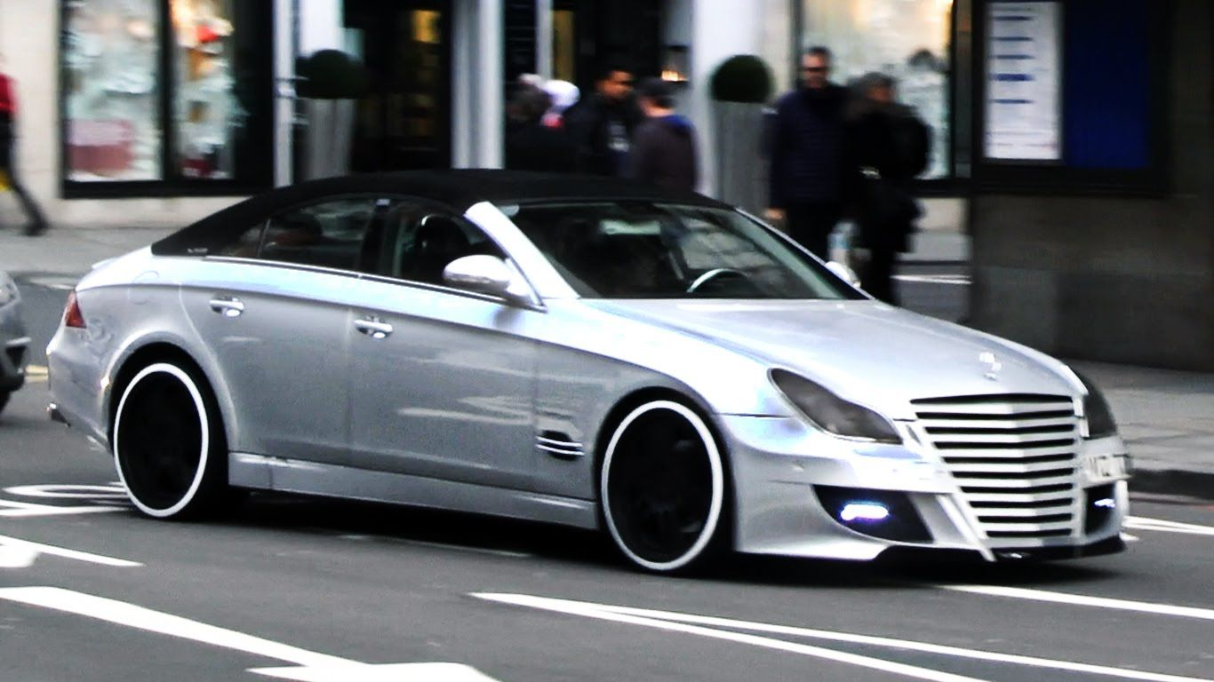 Supercars in London March 2015 (Blue Enzo, SLS Black