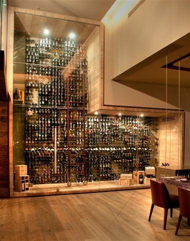 Cavas de vino modernas buscar con google vinos - Vinoteca valencia ...