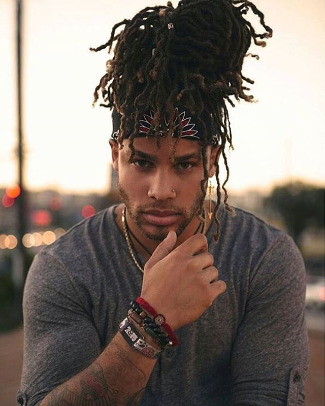 cool 45 Awesome Man Bun Hairstyles - You Should Try It Trends