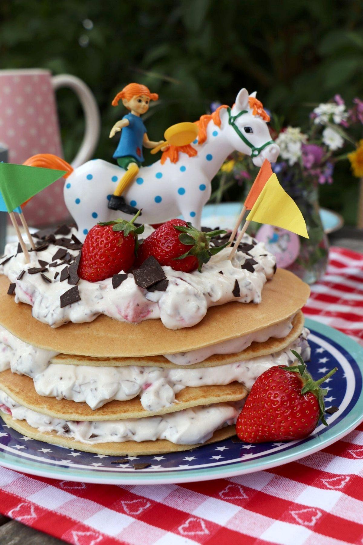 Pippi Langstrumpf Hat Geburtstag Und Wir Feiern Mit Inkl Gewinnspiel Lavendelblog In 2020 Lebensmittel Essen Pippi Langstrumpf Pippi Langstrumpf Party