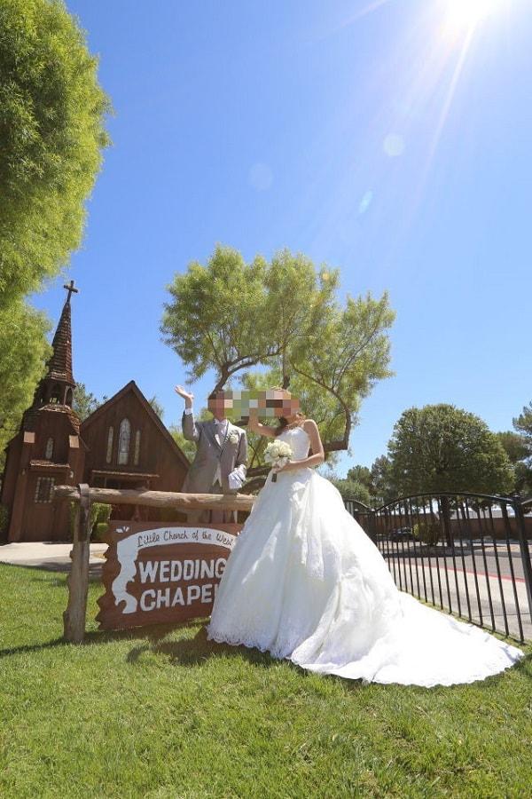 ラスベガス リトル チャーチ オブ ザ ウエスト で結婚式を挙げました ワタベウェディング 式語 チャーチ 海外挙式 挙式