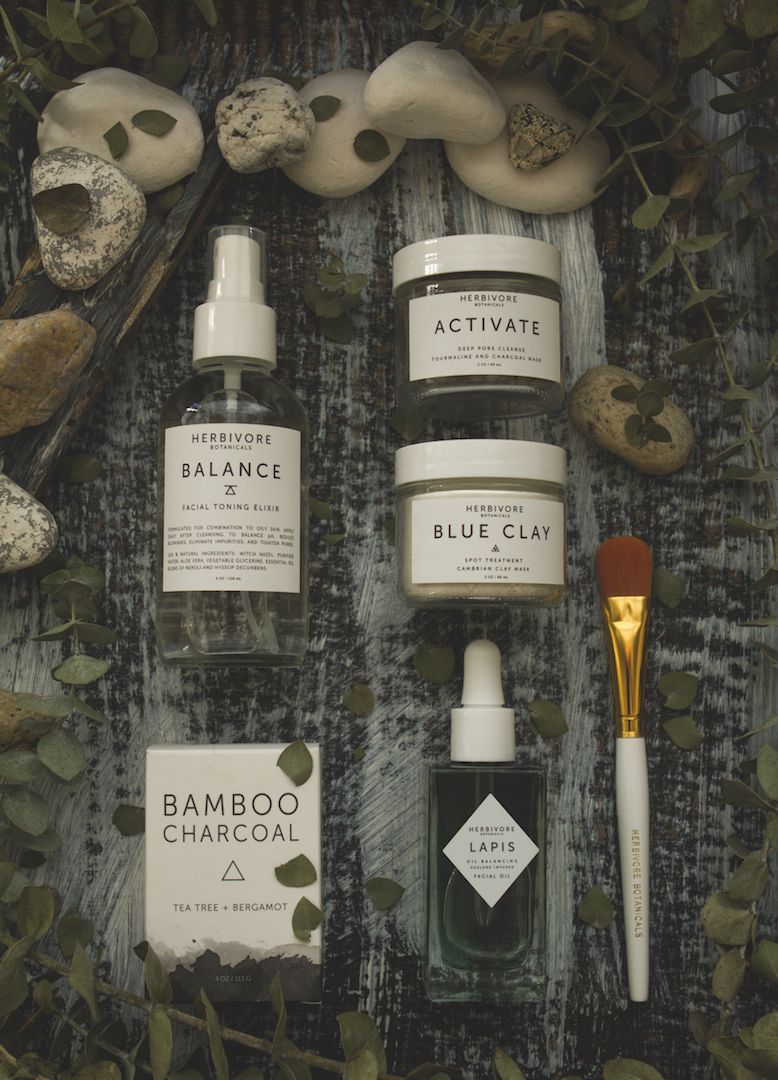 Herbivore Botanicals Skincare set for oil and combination skin | TLV Birdie organic beauty blog review