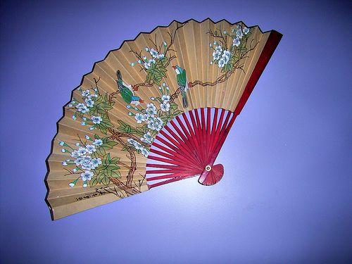 Le Cinesi A Letto.Fan Ventagli E Accessori