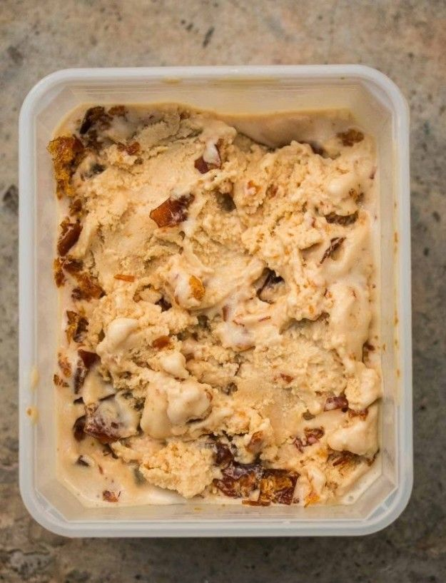 Salted Butter Caramel Ice Cream | 30 Delicious Things To Eat In September