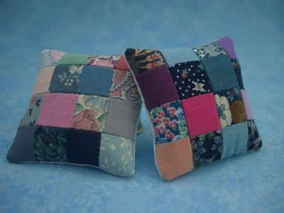 Patchwork doll's house cushions, 4cm square www.folksy.com/shops/BumbleBearsandDesigns