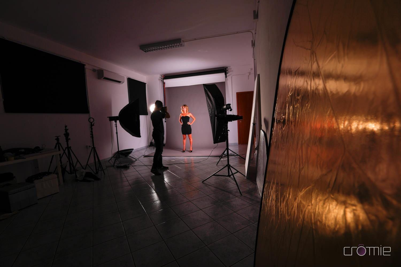 Cromie studio fotografico via piemonte 14 03020 castro for Arredamento studio fotografico