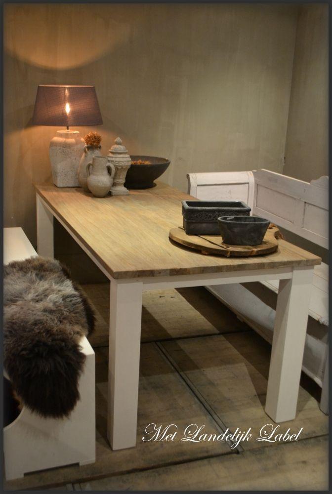 Eettafel met een teak bovenblad | Interieur | Pinterest