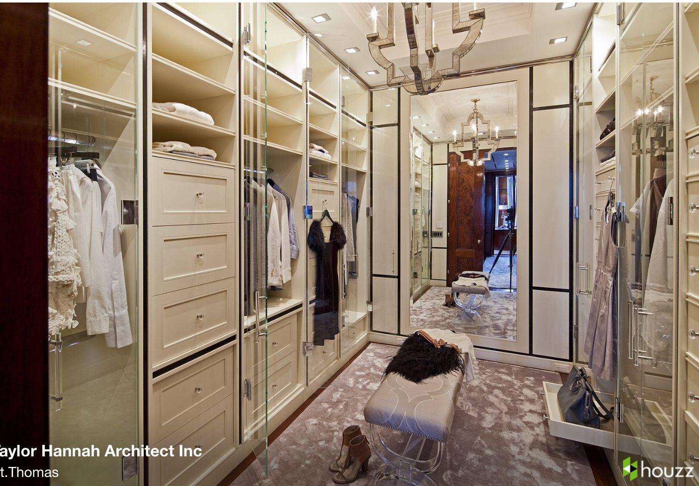 Taylor Hanna Archtiect, via Houzz.com Love the glass doors.