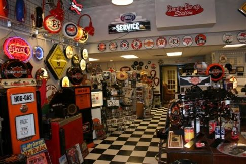 Shop for all things Route 66 - great ideas for car enthusiasts or man-caves too at Hot Rod Alley Gifts & Nostalgia near Tulsa, Oklahoma.