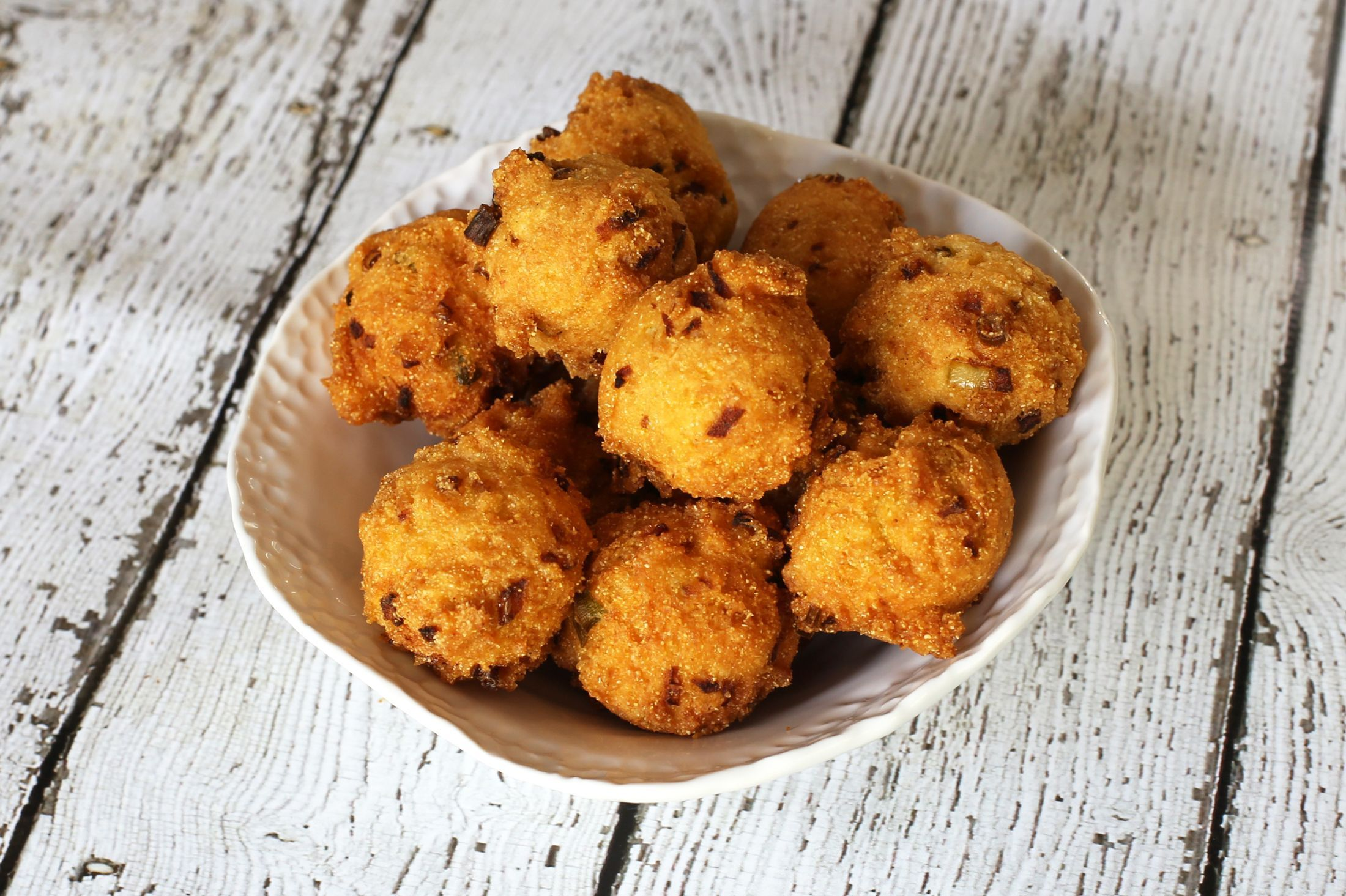 Basic Hush Puppies With Green Onion Recipe In 2019 Recipes To
