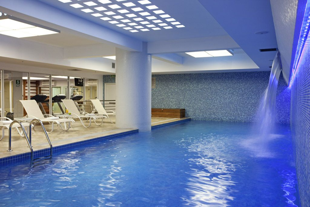 Lima, Indoor Swimming Pools