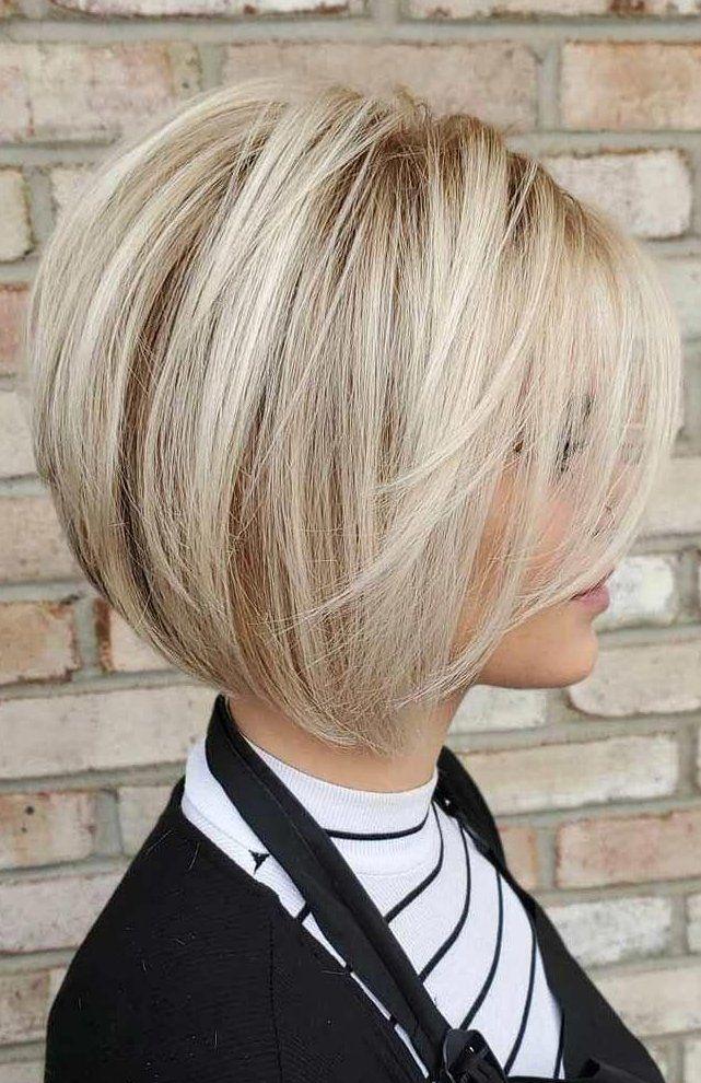 Blonde Kurze Bob Mit Pony Shortbobfrisuren Bobfrisuren Frisuren C -