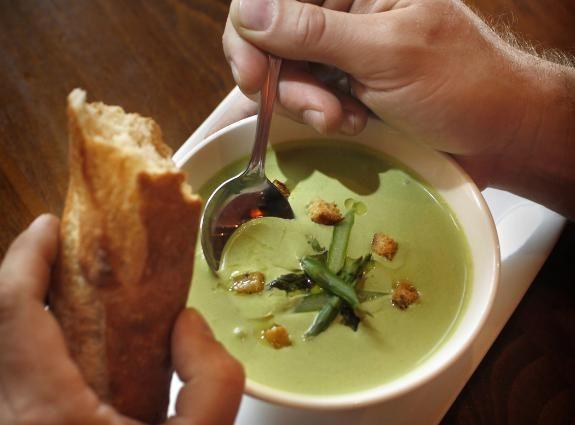 Sprightly asparagus soup  #soup #stribtaste