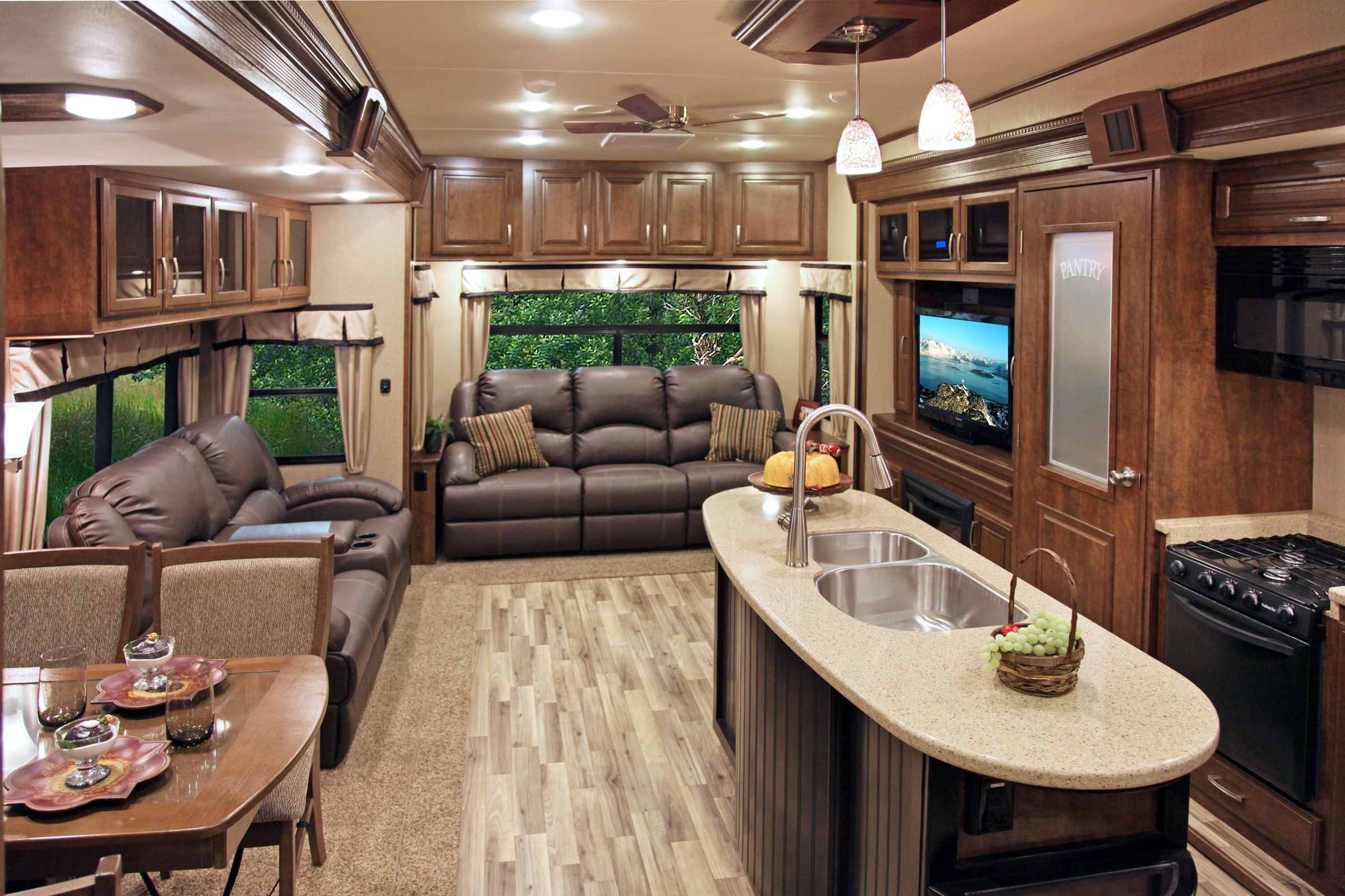 Explore Fifth Wheel Campers, Motorhome Interior, And More!