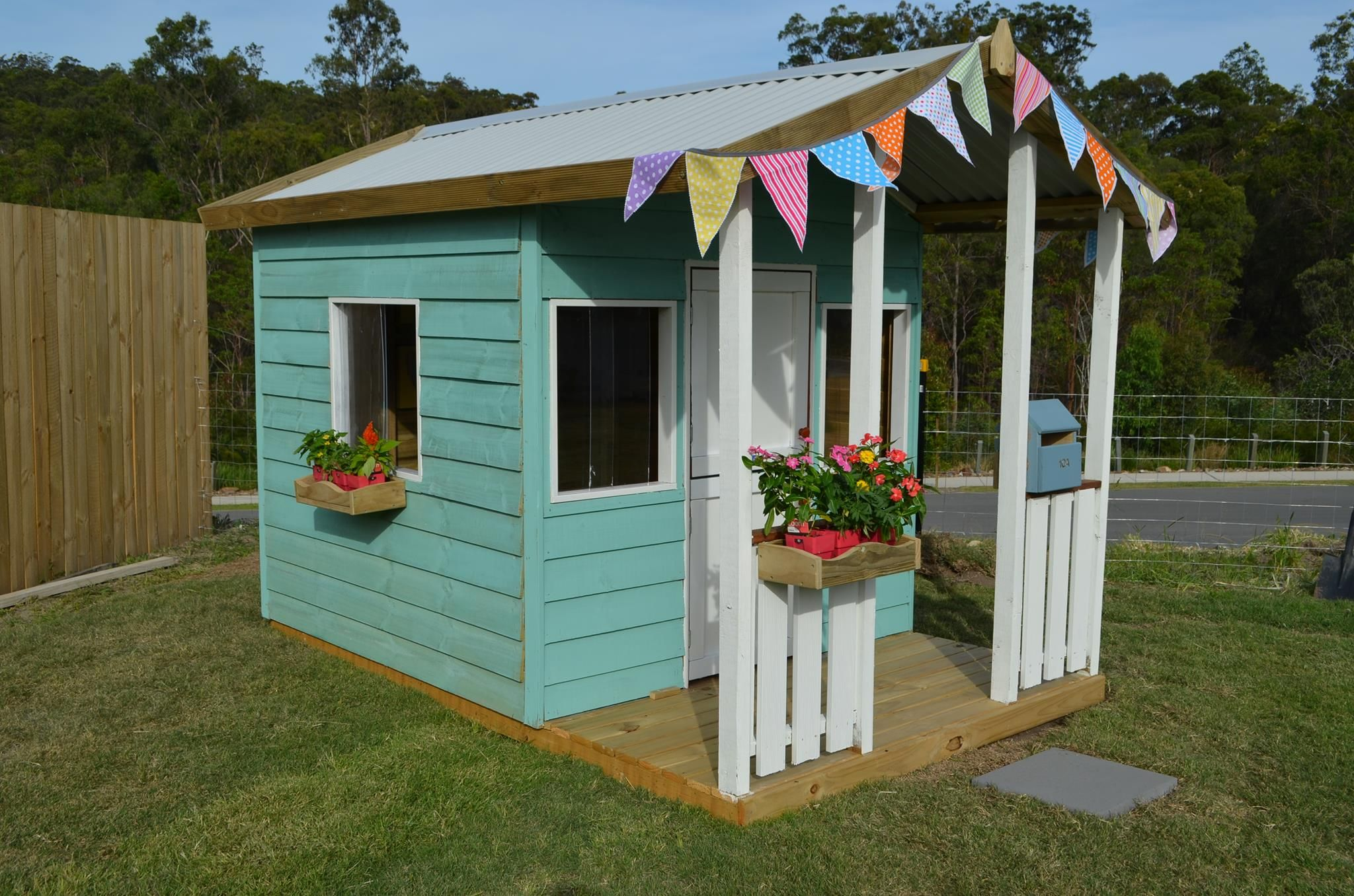 Cubby house paint scheme 39 s design tips cubby houses for Design a shed cubbies