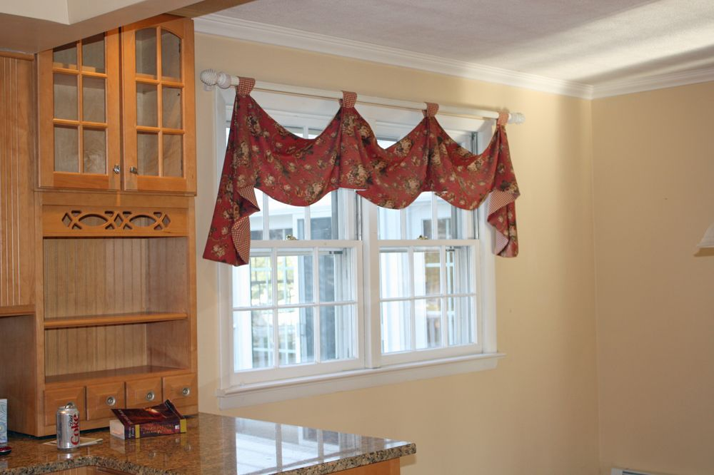 Kitchen Curtains | Swag-a-rific right? Not to mention there was a layer of dust so thick ...